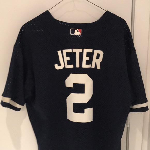 super popular 57cc3 70248 Derek Jeter Yankees BP style baseball Jersey
